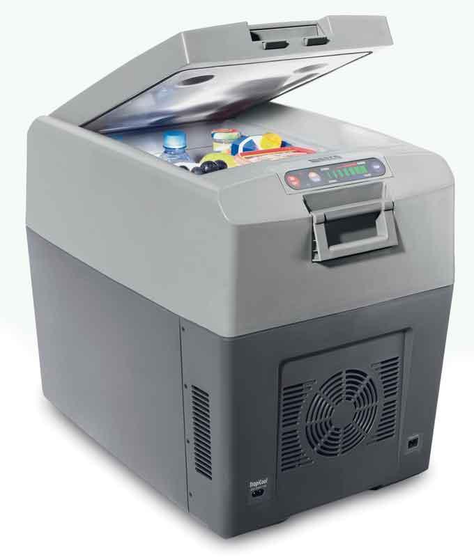 Термоэлектрический холодильник с вентилятором