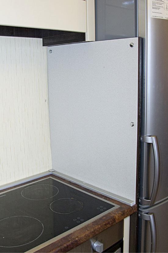 Можно ли ставить духовой шкаф рядом с холодильником?