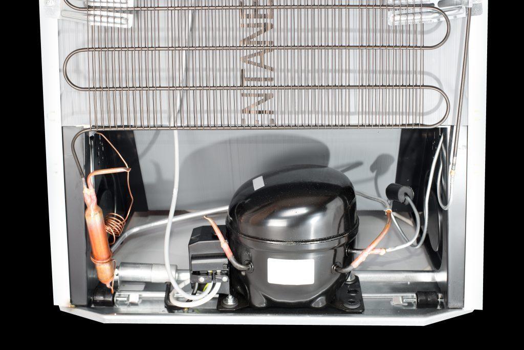 Компрессор холодильника горячий - что делать?