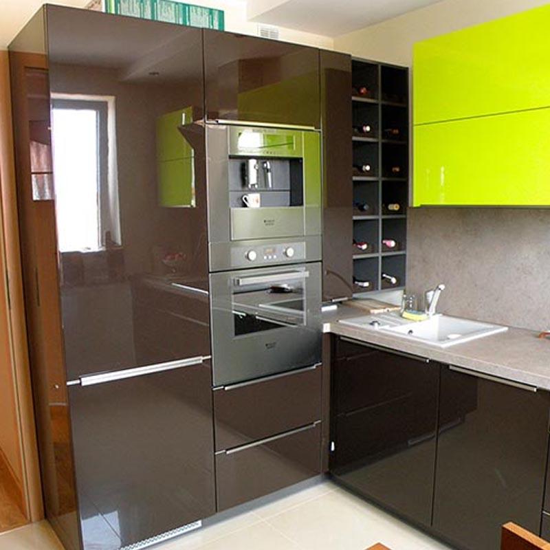 Можно ли ставить холодильник рядом с духовым шкафом?